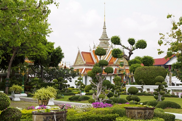 6 popular places to visit in Bangkok (and my first impressions of the Thai capital)