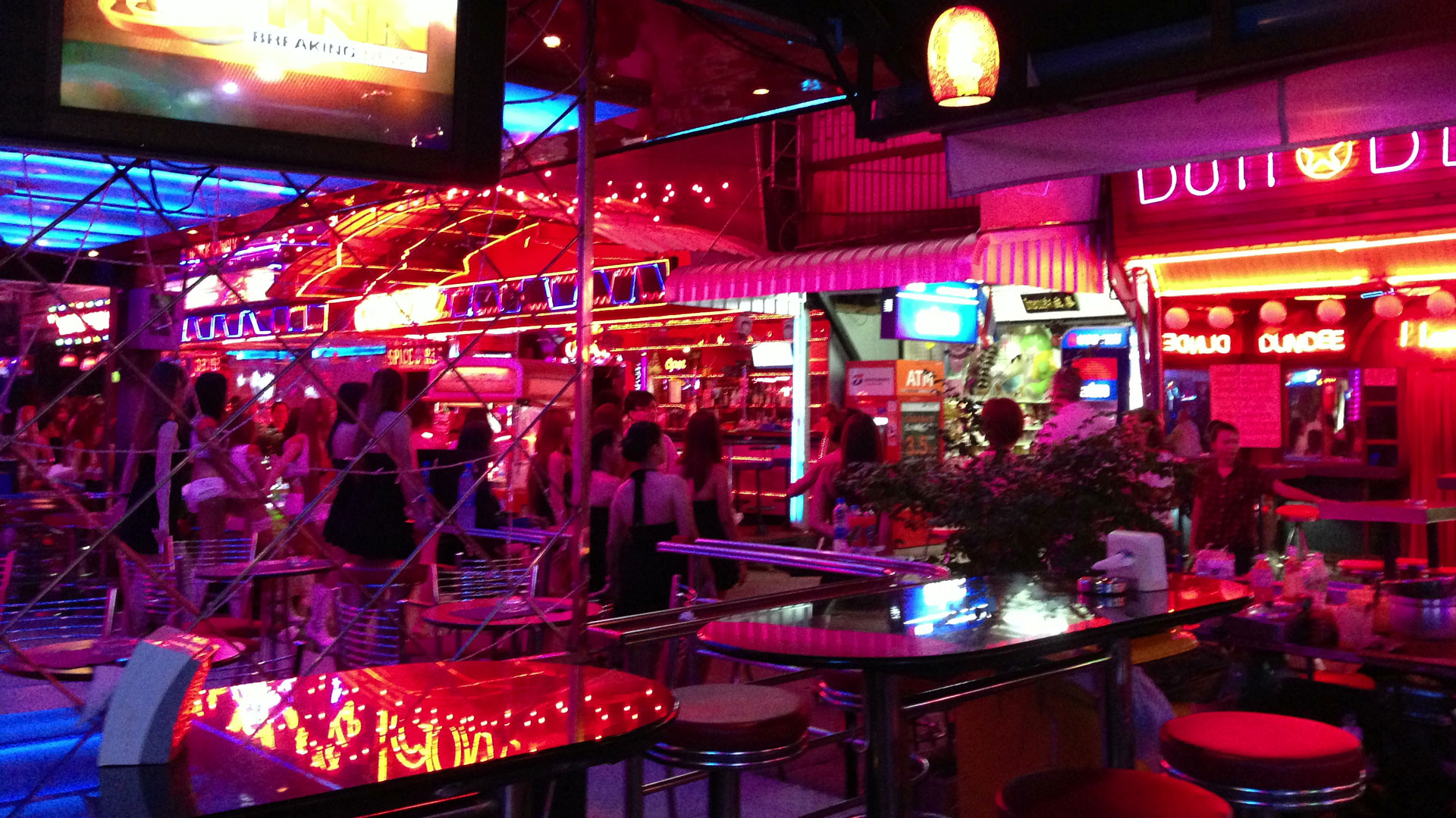 Go Go Bars and overpriced drinks in Soi Cowboy Bangkok