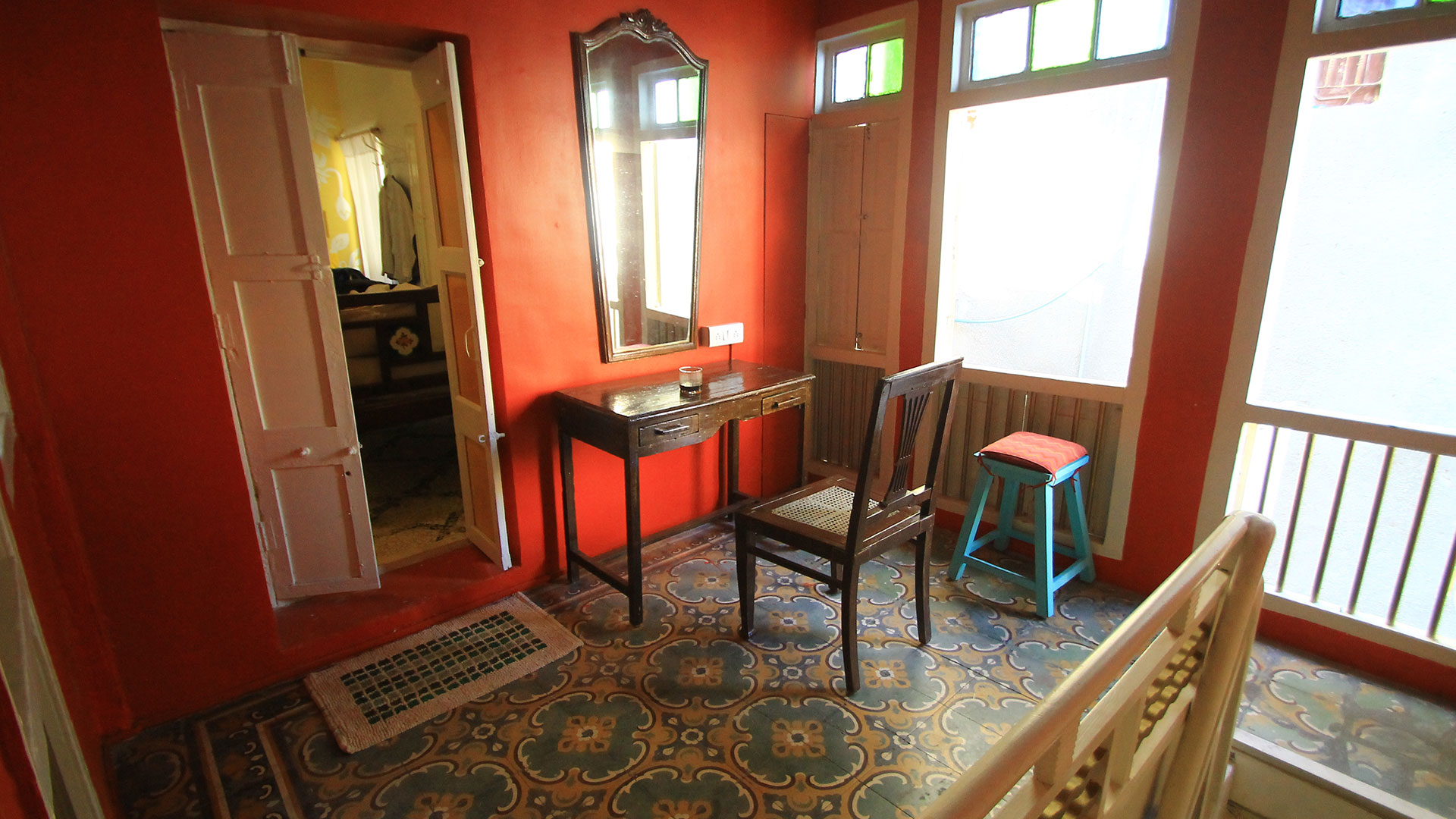 This concept of accommodation gives you the opportunity to experience the local community while you visit Ahmedabad. The mission behind the French Haveli is also to promote the local heritage by re-purposing Historical buildings.