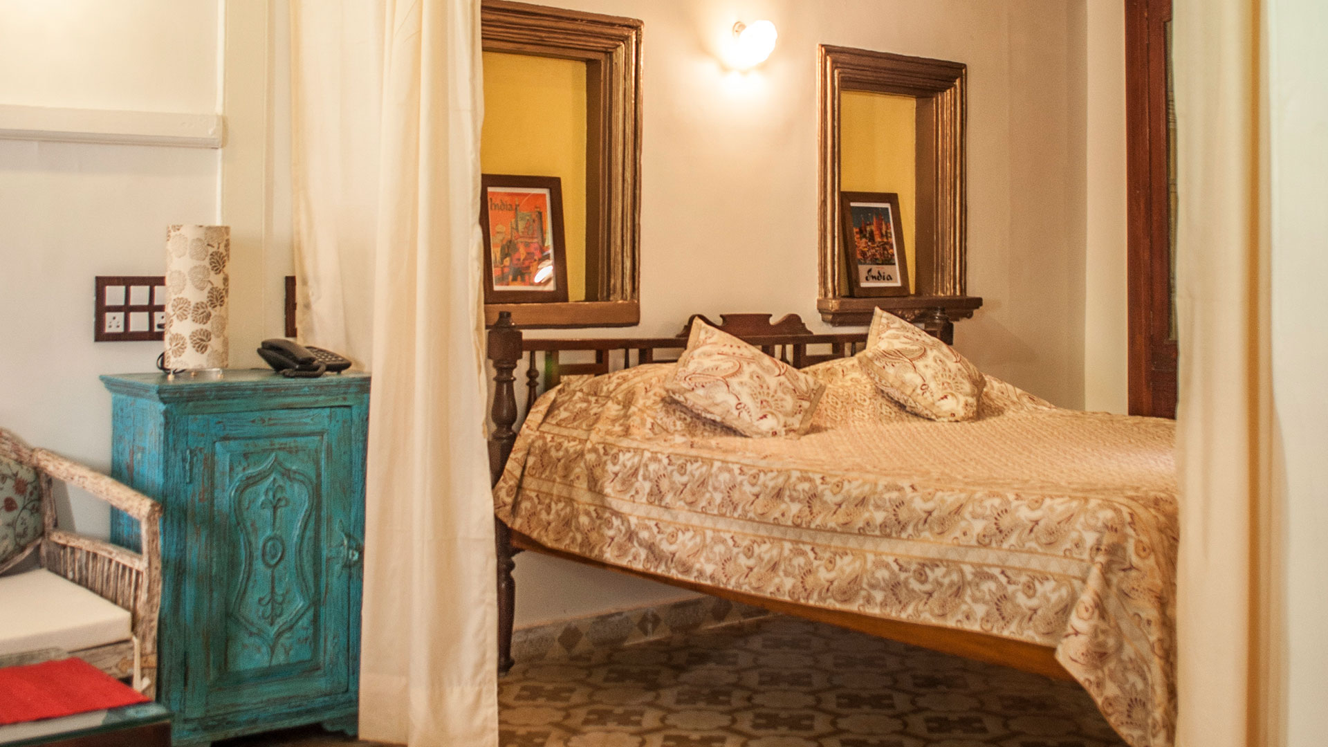 One of the rooms at the French Haveli | This concept of accommodation gives you the opportunity to experience the local community while you visit Ahmedabad. The mission behind the French Haveli is also to promote the local heritage by re-purposing a Historical buildings.