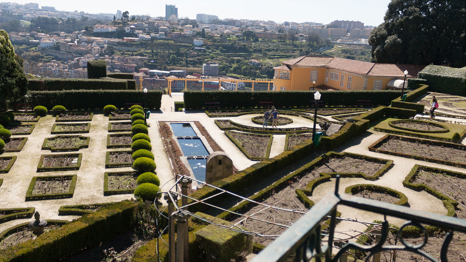 Gardens of Palácio de Cristal (Porto) | Off the map and off the plan in Porto.