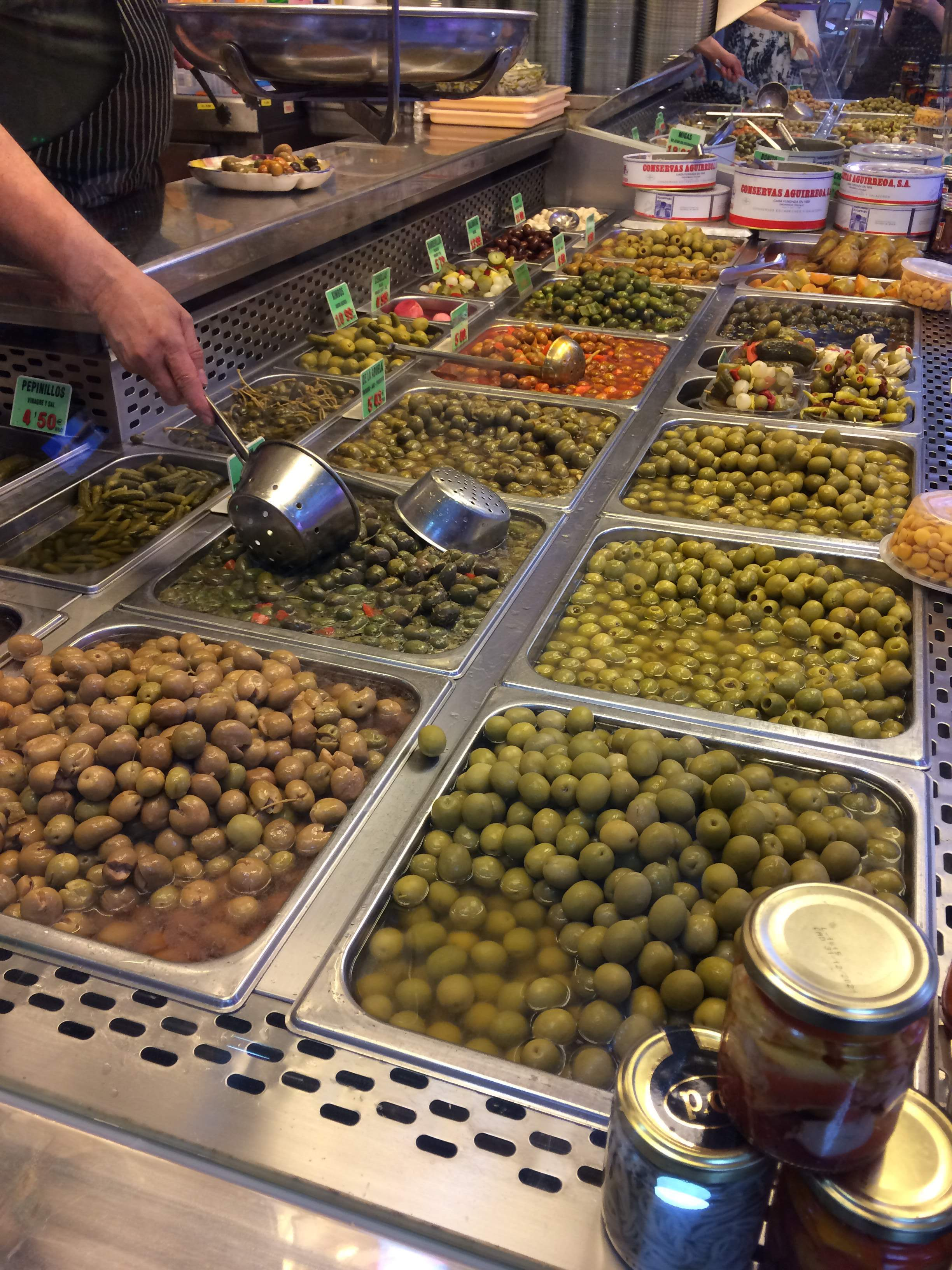 All the olives at Aceitunas Juanjo | Devour Madrid food tour review by www.tripper.pt