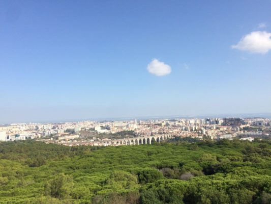 What to skip in Lisbon and where to go instead? The Panorâmico de Monsanto is one of the alternatives.
